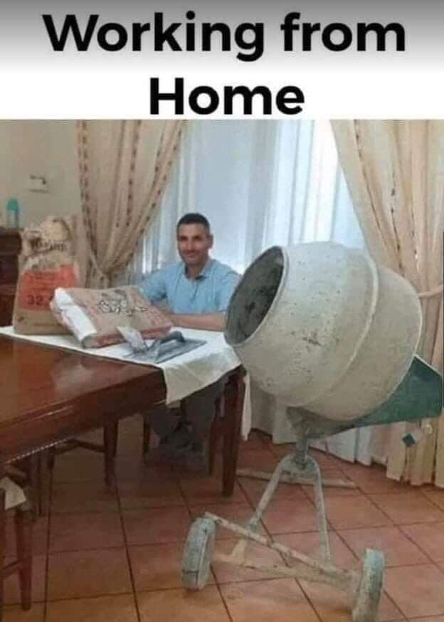 Lucru de acasă e productiv cu atitudinea potrivită. Câteva sfaturi după ce am simțit capcanele pe pielea mea